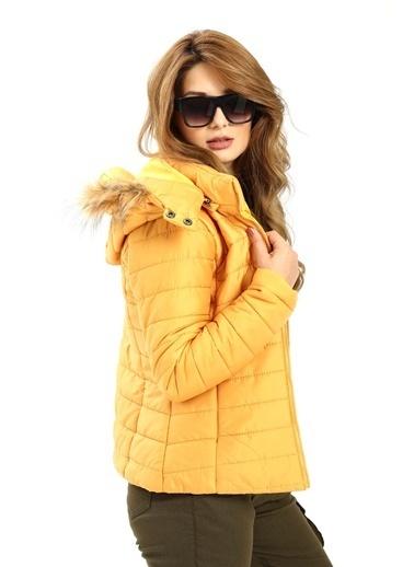 Modaplaza Kadın Kapüşonlu Sarı Şişme Mont Sarı